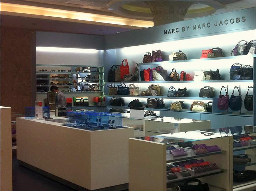 Shop in shop MARC JACOBS – Bali