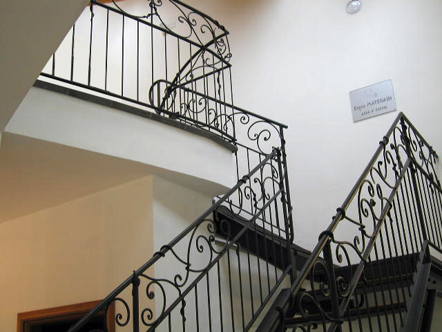 Stairway for shop in San Pietro in Casale